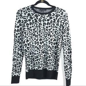 💎3/$25 Ann Taylor Cheetah Crew Neck Sweater